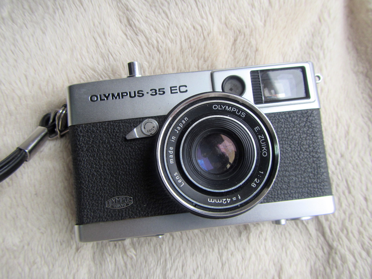 Olympus 35 EC