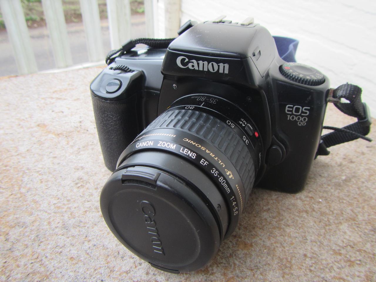 Canon EOS 1000 QD(Rebel)