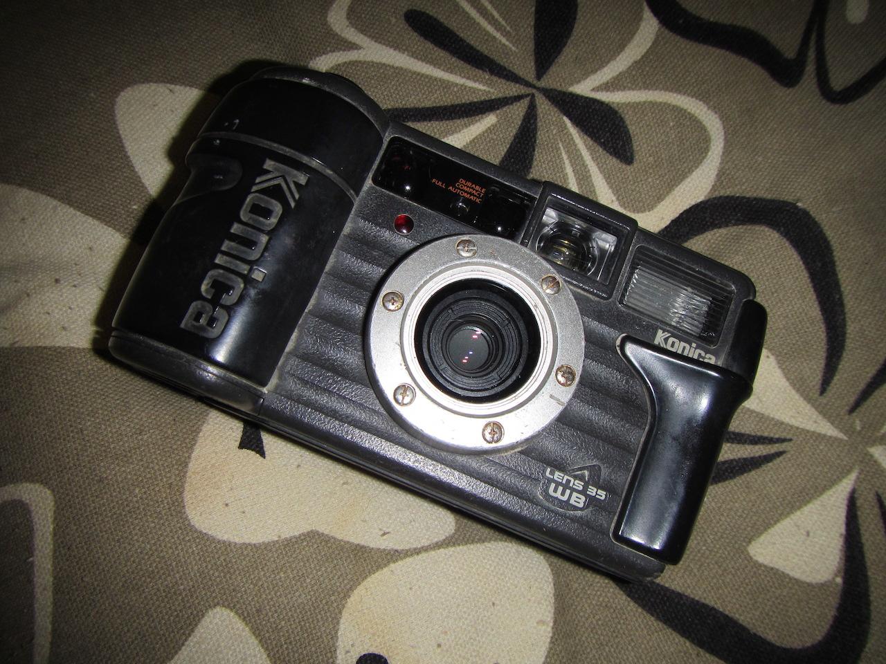 Konica Lens 35WB