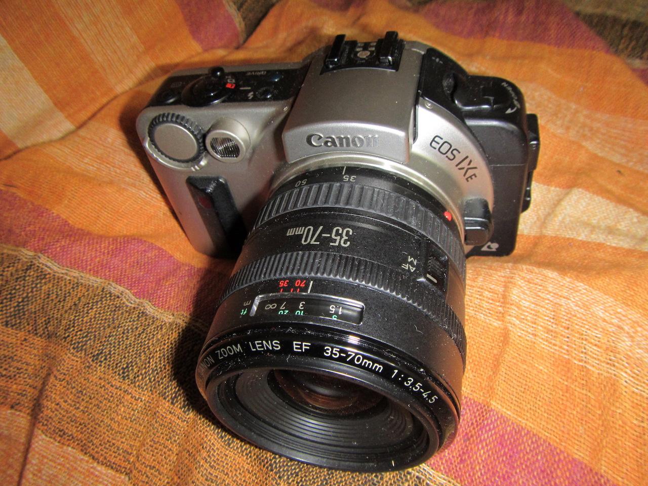 Canon EOS IXe