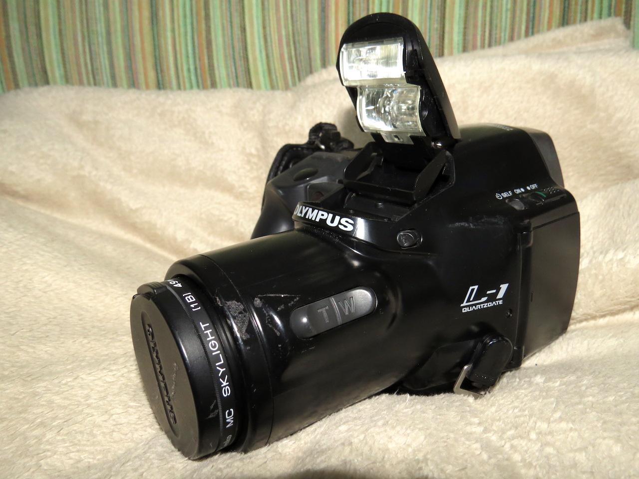 Olympus L-1 Quartzdate