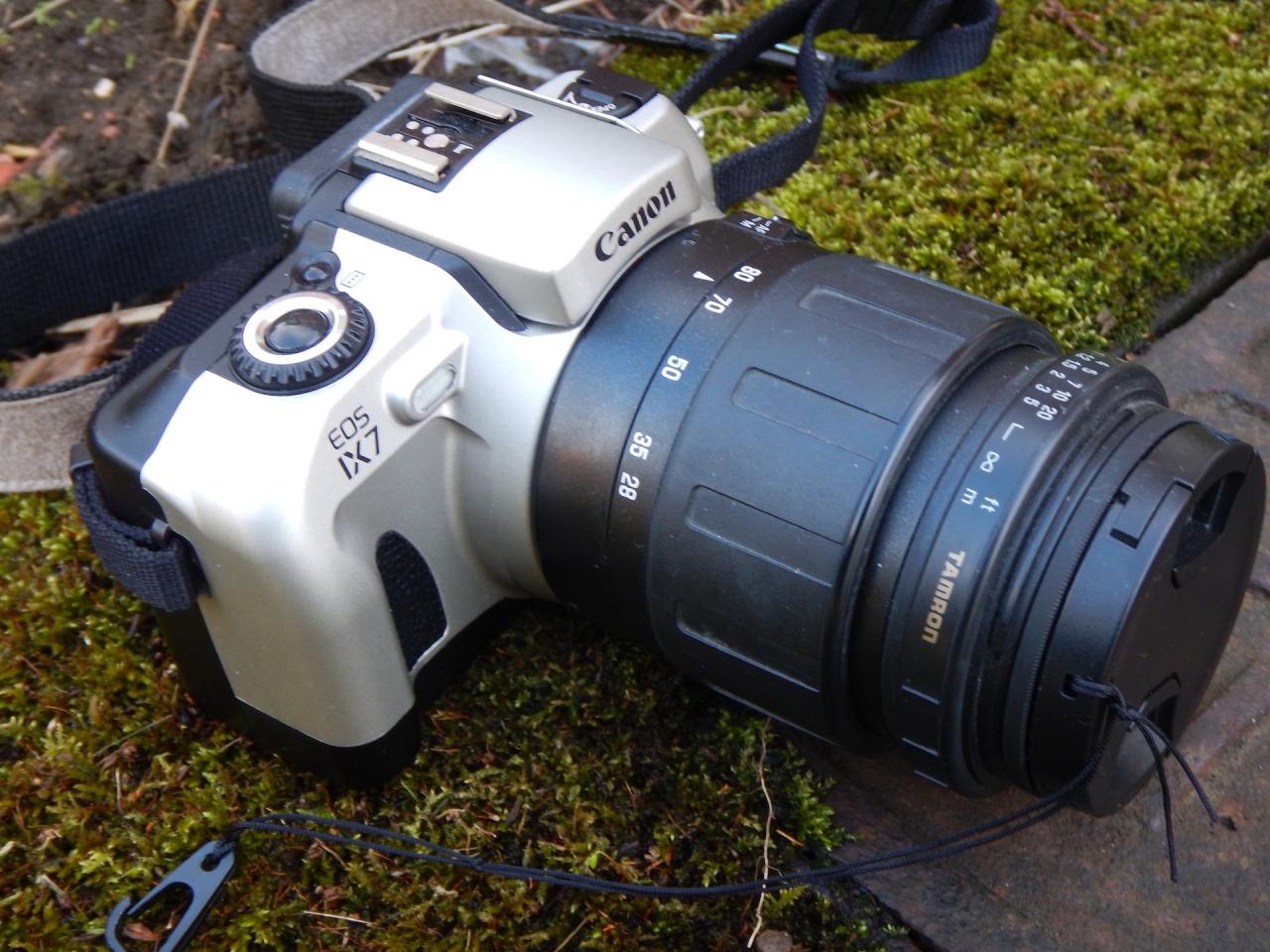 Canon EOS IX7(aps)