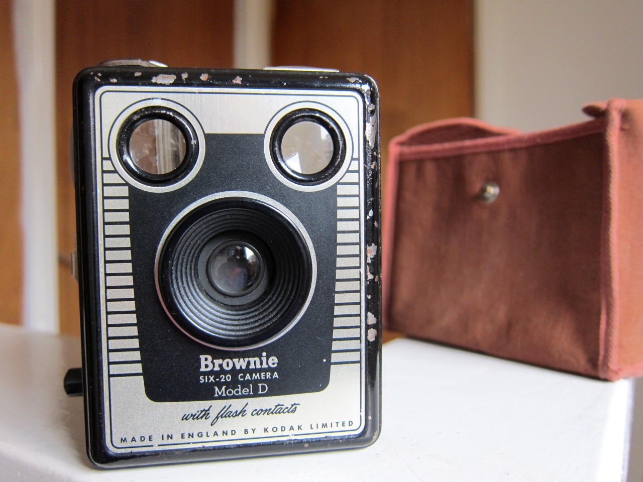 Kodak Brownie Six-20 Model D