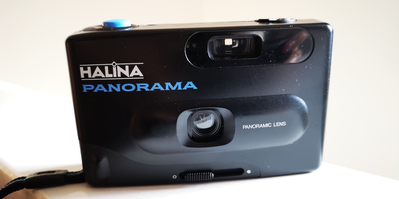 Halina Panorama versus a Rolleicord with 35mm film