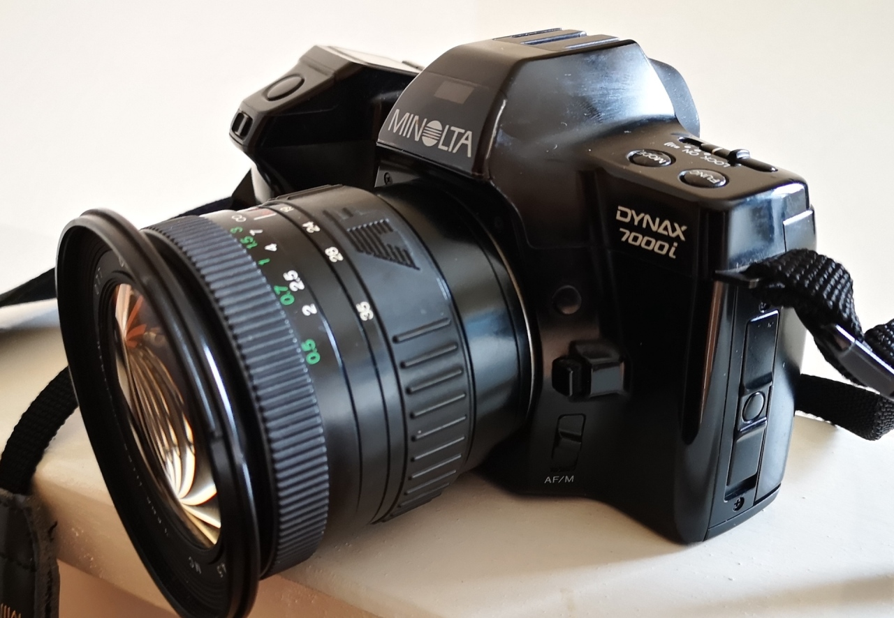 Minolta Dynax 7000i (Maxxum7000i)
